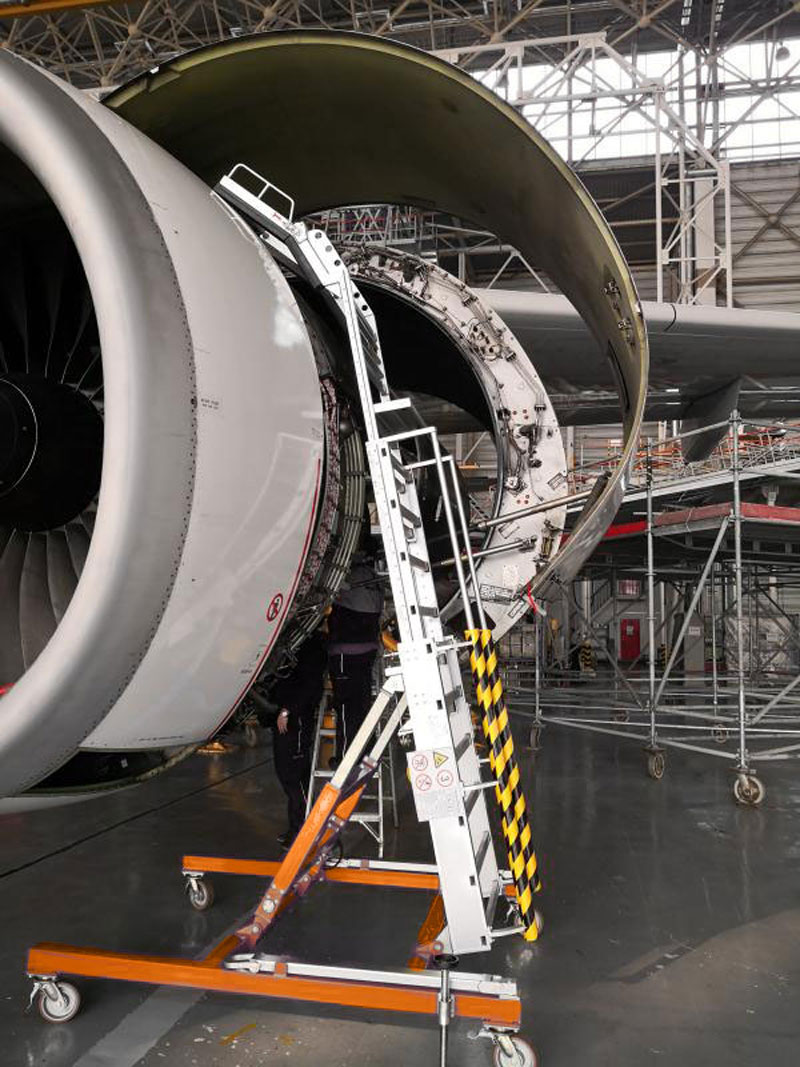 Engine Service Stand LF